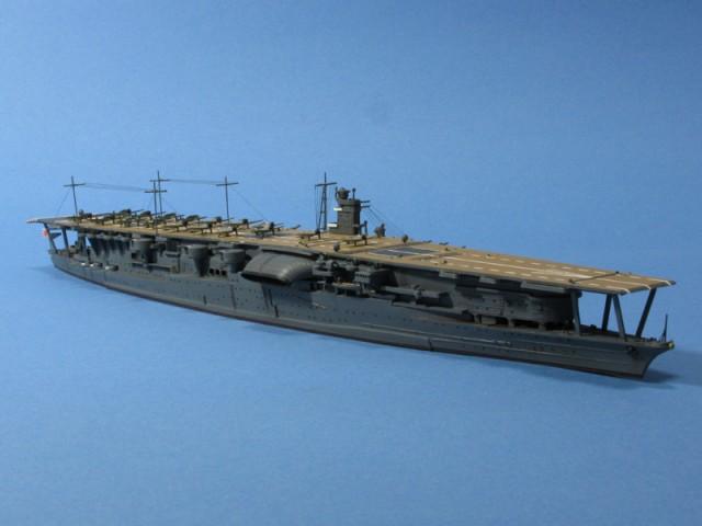 空母赤城右舷前方より
