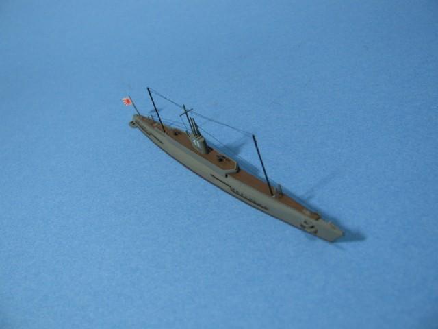 伊1号右舷前方上空より
